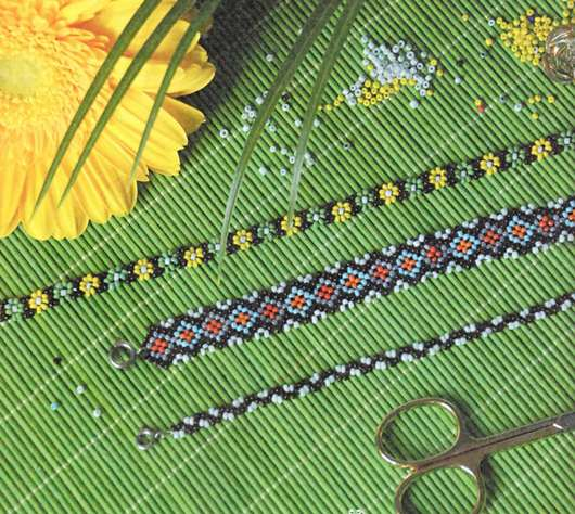 Фенечки из бисера цветочки - Делаем фенечки своими руками.