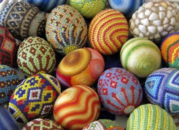 декорирование яиц бисером